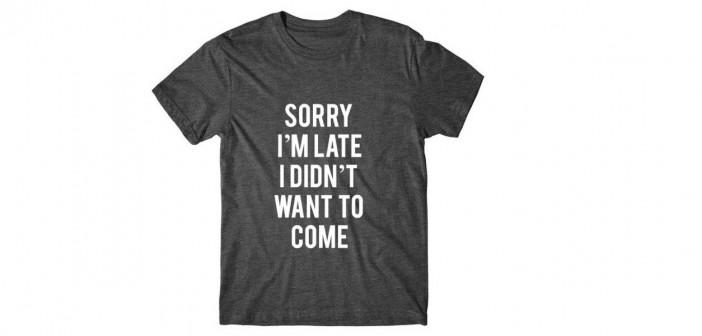 Text Print Shirt: Het Wie, Wat en Waarom.
